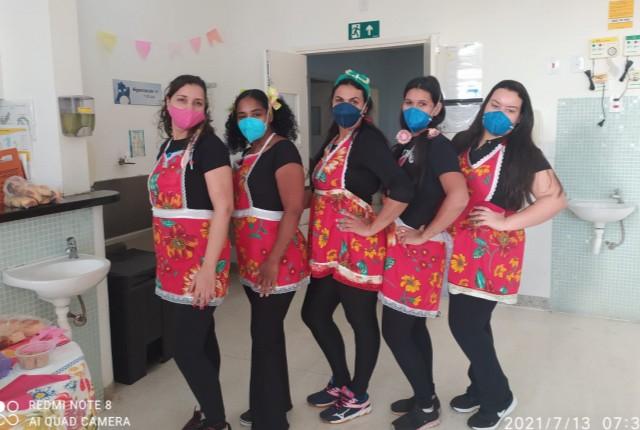 A equipe de enfermagem do Serviço de Nefrologia, Diálise e Transplante Renal do Mário Palmério Hospital Universitário (MP [...]