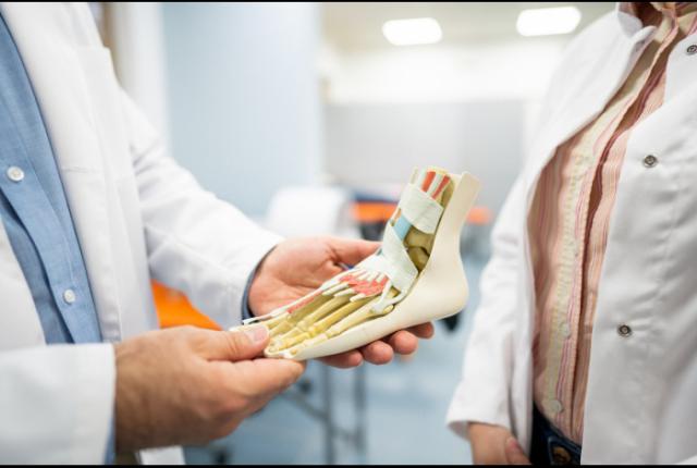 Os residentes do Programa de Ortopedia e Traumatologia do MPHU foram aprovados na prova de título de especialista na área pe [...]